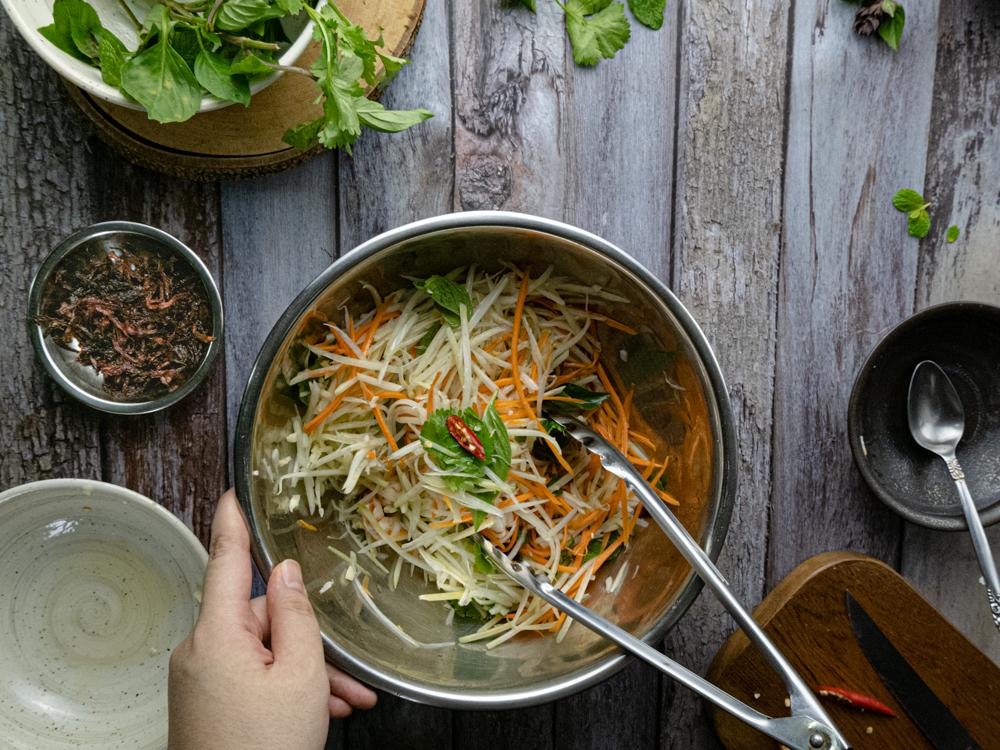 image of Vietnamese Papaya Salad - Step 4.2