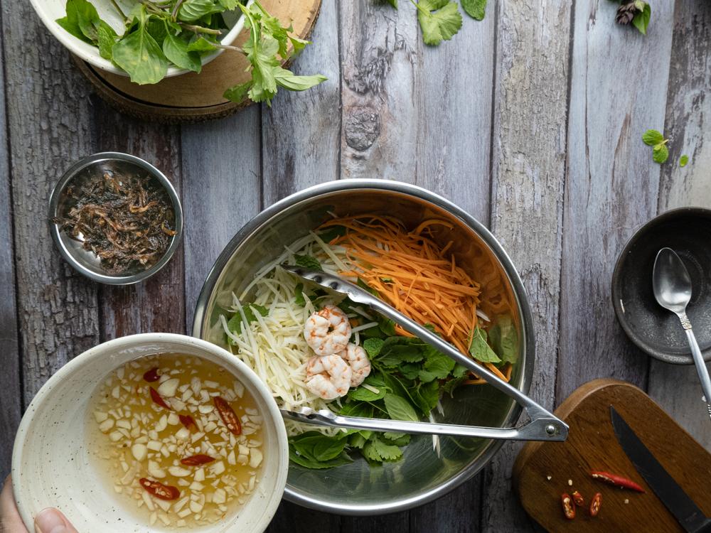Image of Vietnamese Papaya Salad - Step 4